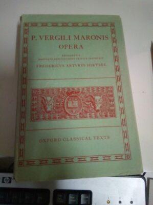 Opera (ed. monolingüe Oxford 1968, perfecto estado)